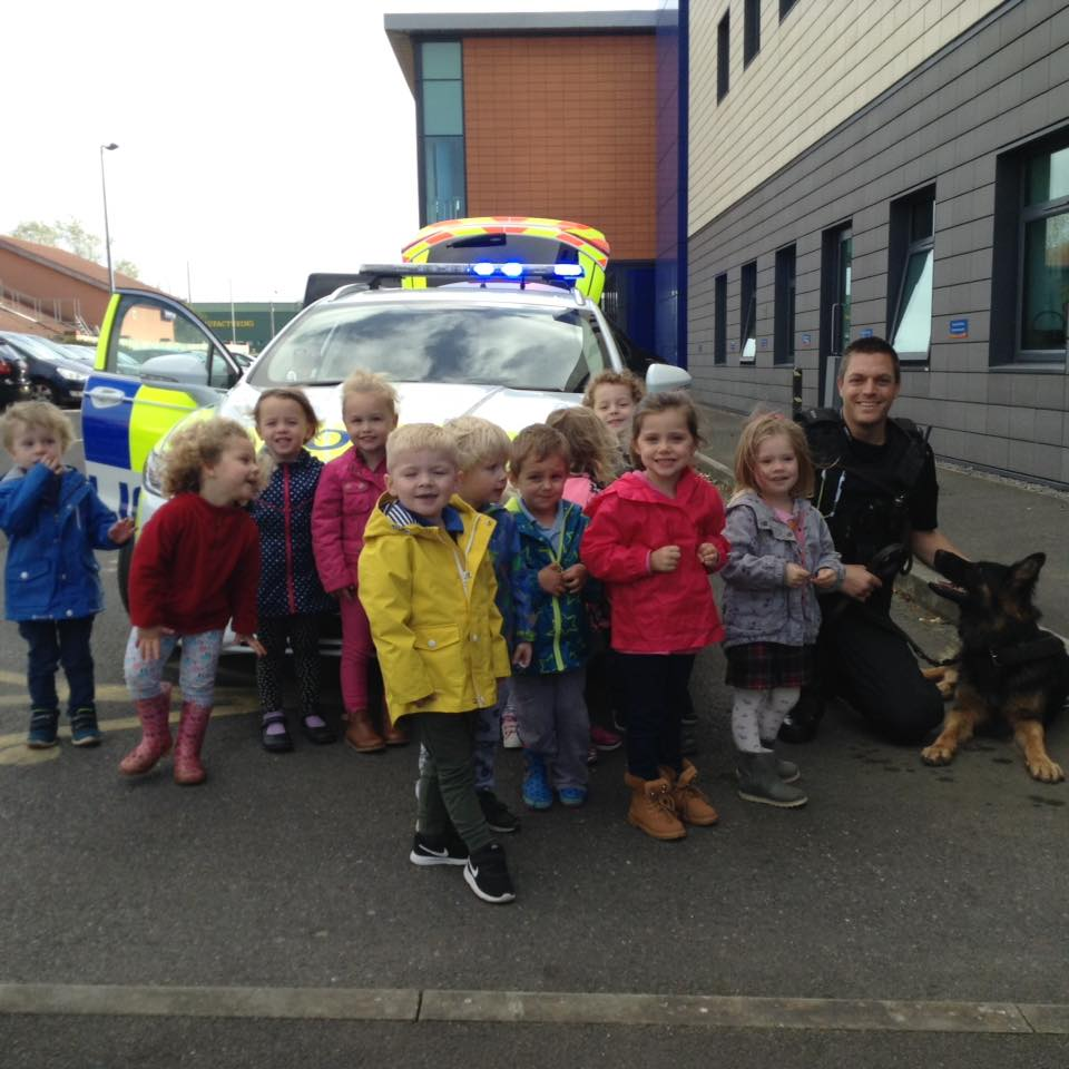 The children received a visit from the Police